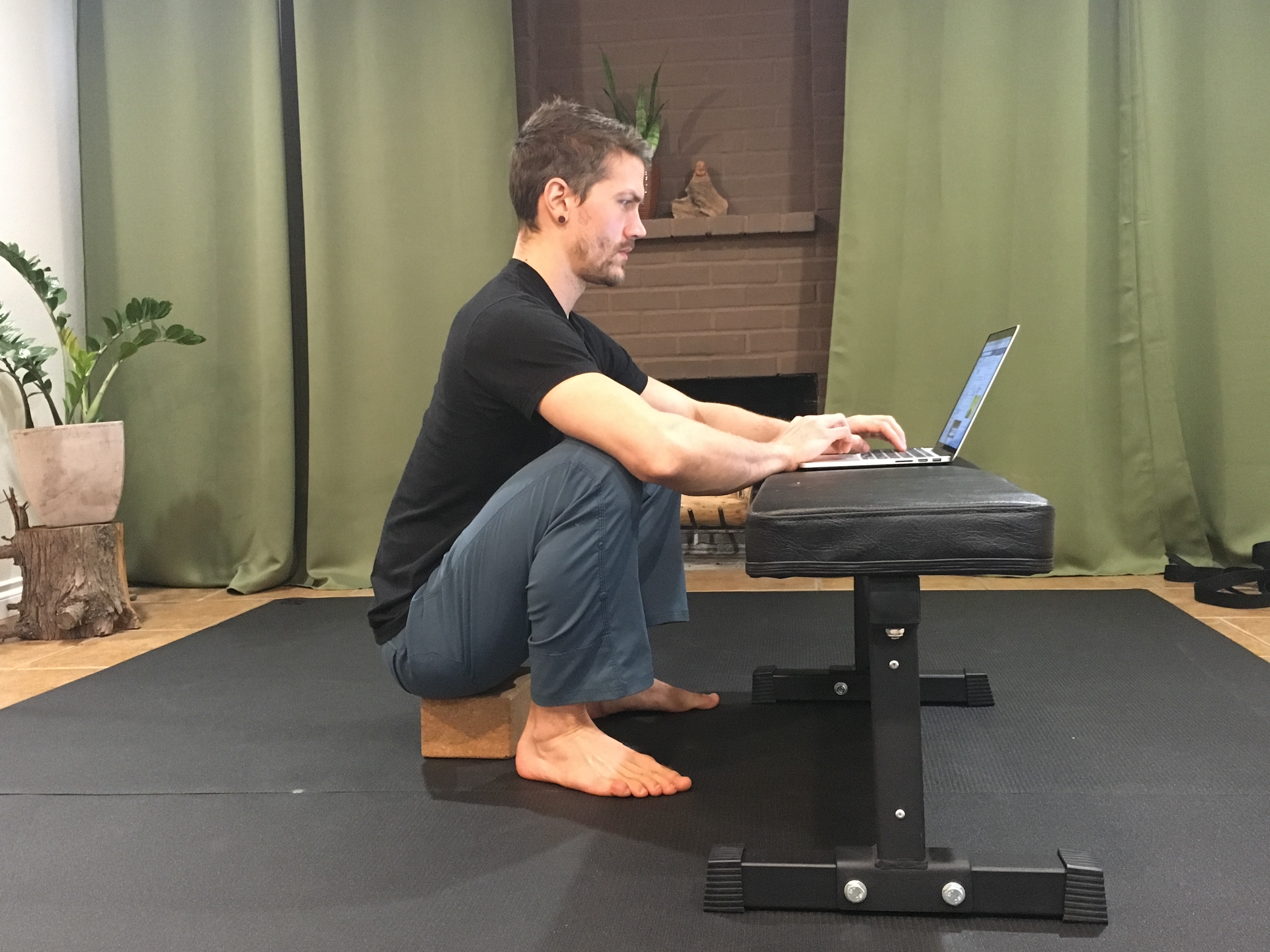 The 5×5 Habit for Better Mobility Working on Your Laptop